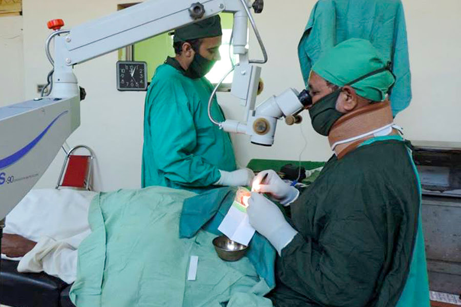 Cataract Surgeries Restarted in Pakistan